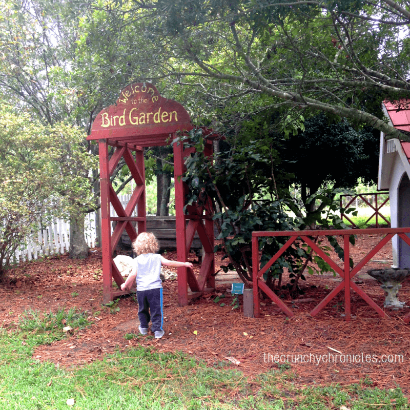 Urban Outdoor Adventures: Visiting a children's garden is the perfect kids activity and a wonderful way to escape the busy city life.